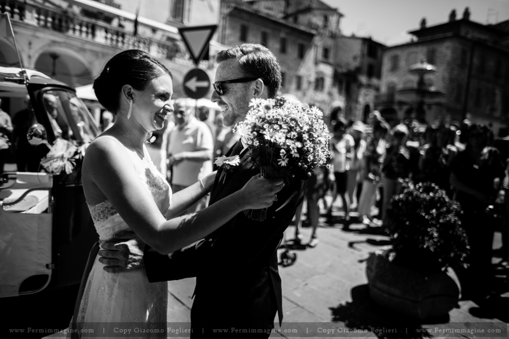 fotografo-matrimonio-umbria-wedding-reportage-iltaly-matrimonio-assisi-wedding-country-umbria-le-mandrie-di-san-paolo-santa-maria-angeli-23